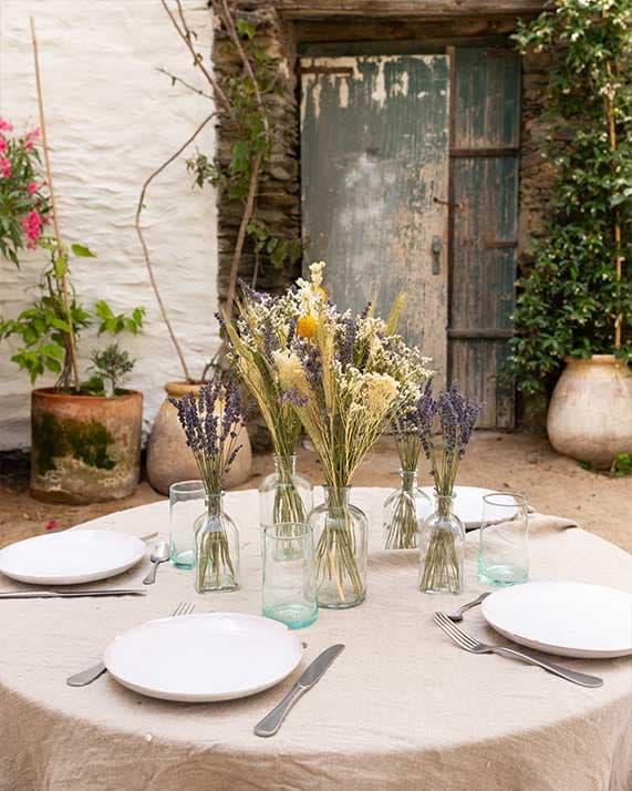 Centre-de-table-fleurs-séchées-Gala mariage