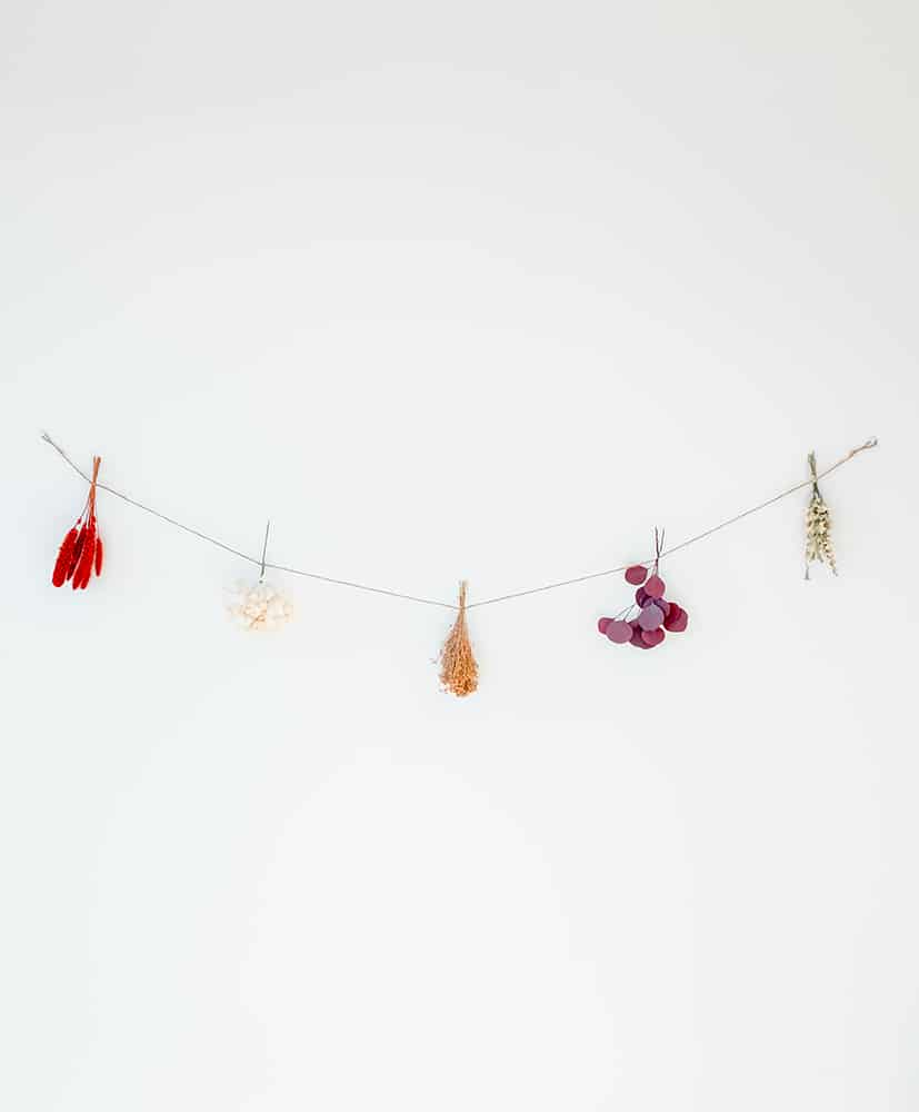 Magda dried flowers garland