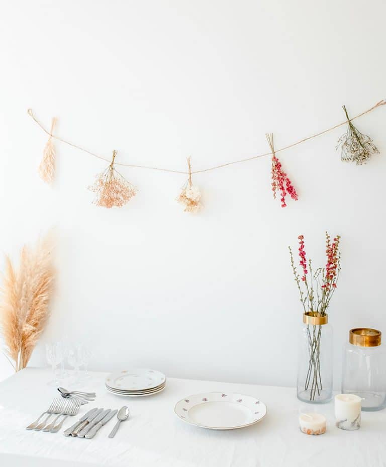 Rosa dried flowers garland