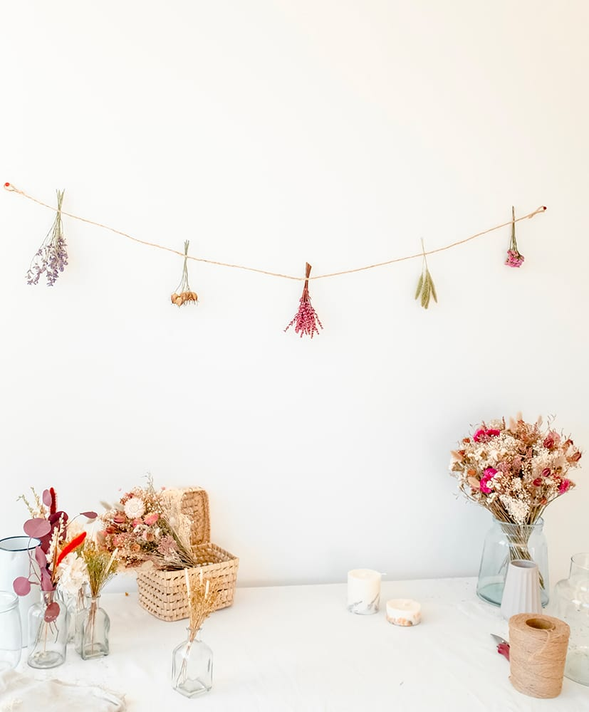 Pablo dried flowers garland