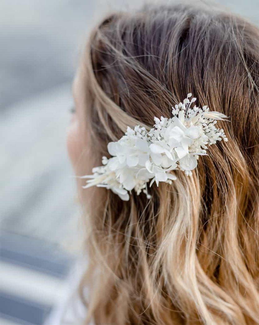 Peigne mariage en fleurs séchées Blanca Rosa Cadaqués