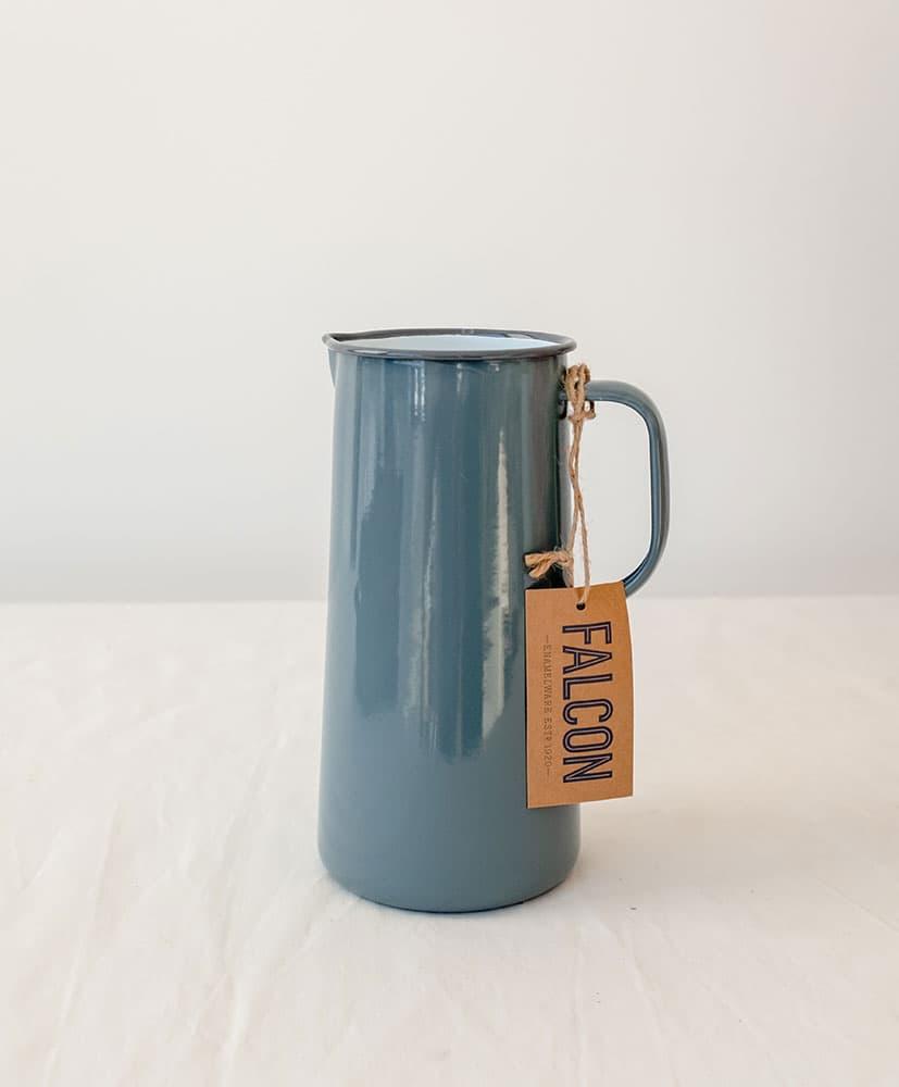 Vase en émail bleu gris