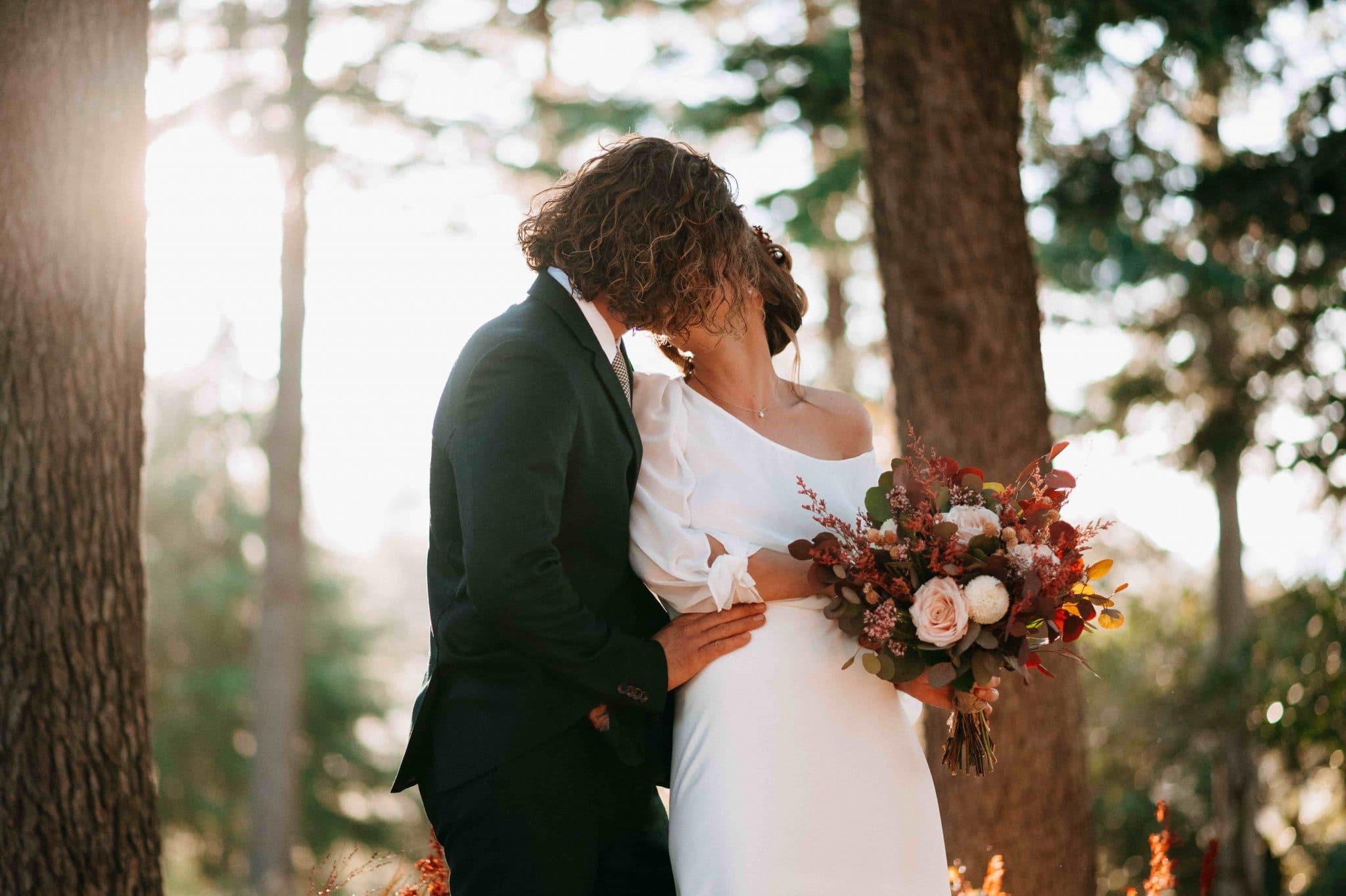 mariage rosa cadaques bois