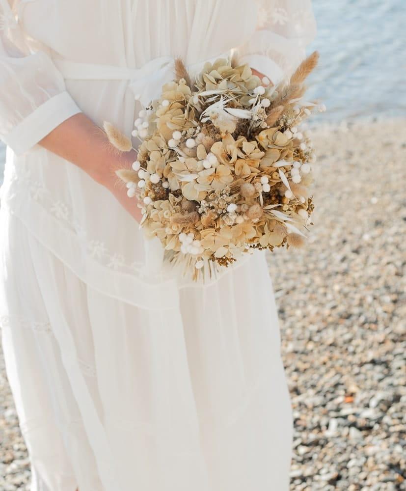 bouquet de mariée en fleurs séchées by rosa Cadaques