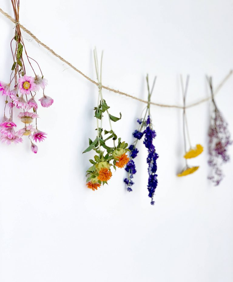 Dried flower garland Joan