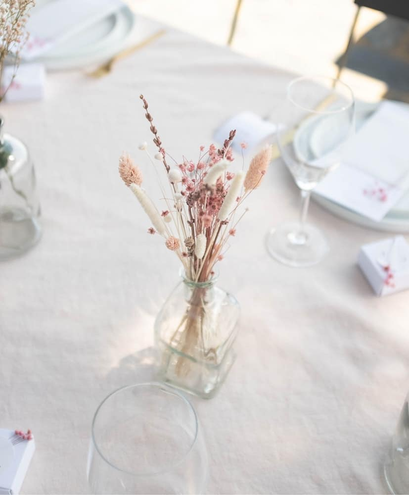 Carlota table centerpiece