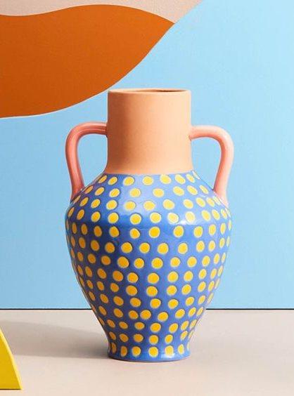 Vase en terracotta dotted &k amsterdam